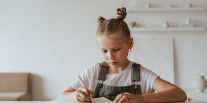 Dysgraphie: Symptome, Therapie & hilfreiche Übungen gegen die Schreibschwäche
