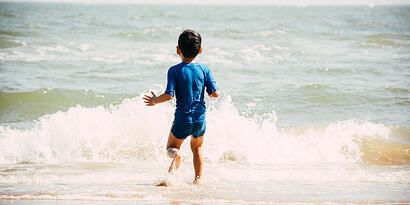 Resilienz fördern durch Wassersport für Kinder