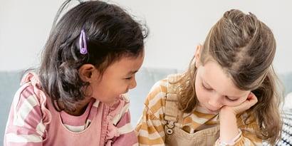 Sprachfehler bei Kindern: Anzeichen erkennen & handeln