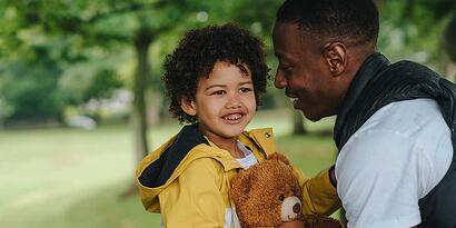 Niño altamente sensible: 4 señales para detectarlo y 5 claves para su crianza