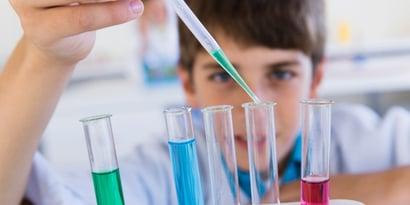 Les Sciences, pourquoi les élèves ont du mal et comment y remédier ?