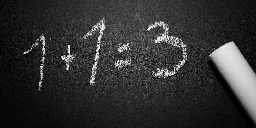 come_memorizzare_le_tabelline_velocemente_lavagna_numeri