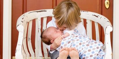 Secondo figlio in arrivo: come gestire la gelosia del primo