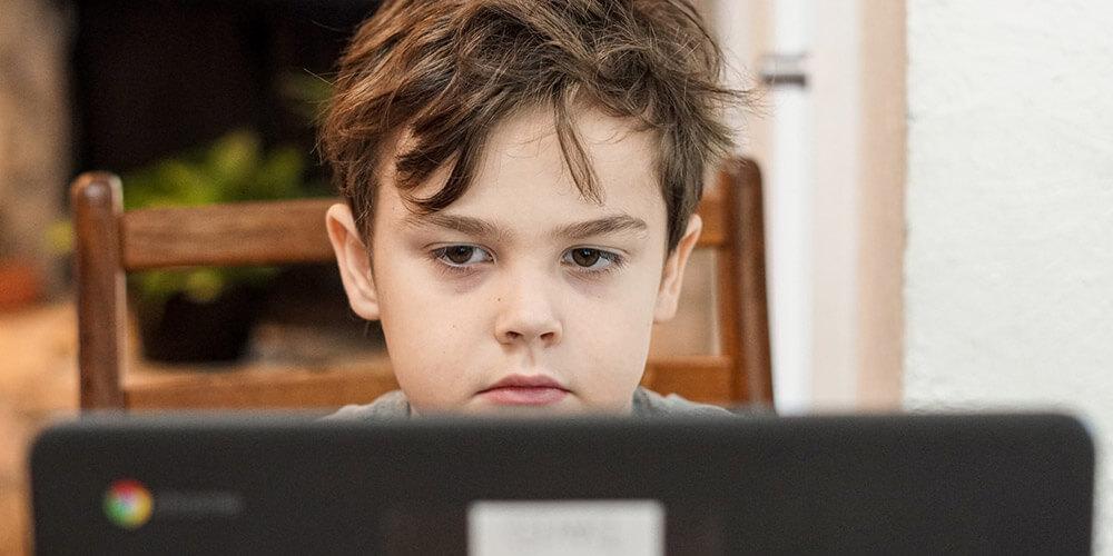 Come proteggere i bambini su internet